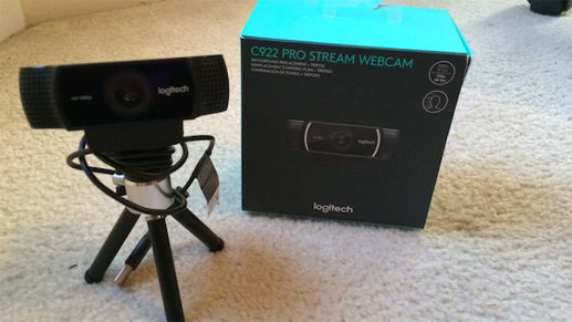 unboxing the c922 pro stream webcam
